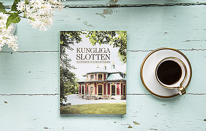 Boken Kungliga slotten – människor och berättelser med kaffekopp